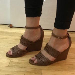 Tory Burch Brown Leather Wedges Size 6